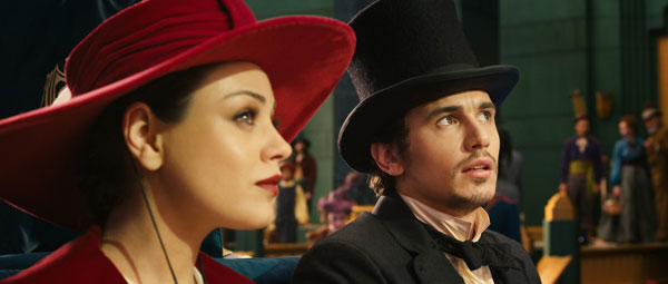 Oz the Great and Powerful: de werkelijk schandalig mooie Mila Kunis, met James Franco