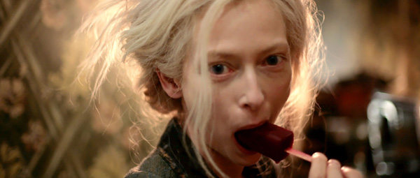 Only Lovers Left Alive: apart ijsje...