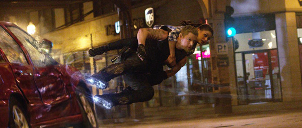 Jupiter Ascending: surfin' gravity...